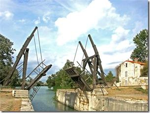 Le Pont Van Gogh à Arles (182ap1) (Large)